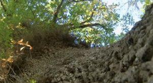 Vista de A Carballa da Rocha desde su base