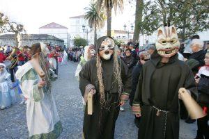 Gárgolas desfilando en Celanova/ Marcos Atrio