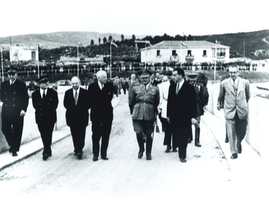 Inauguración oficial del embalse de As Conchas en 1949/