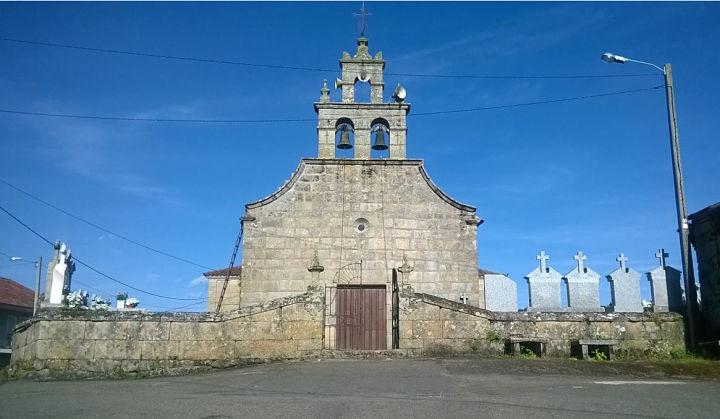 Iglesia de santa Mariña de Escornabois/ Autor