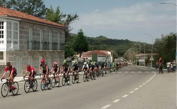 La Vuelta 2016 a su paso por Sandiás/ Xabier Borrajo