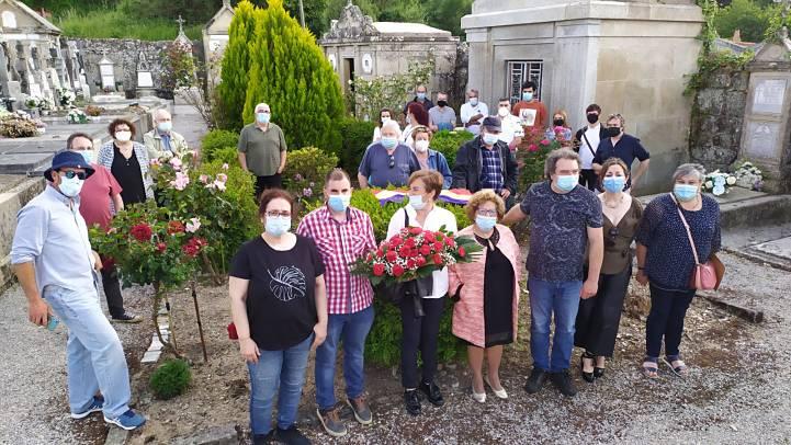 Homenaxe aos 7 republicanos fusilados no 39 e enterrados nunha fosa común no cemiterio de Celanova